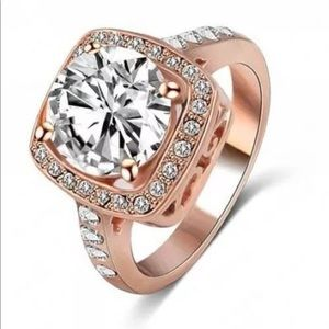 NWT 18kt Rose Gold CZ Ring
